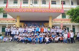 "Ocean Edu Vietnam Successfully organized ""INTENSIVE ENGLISH DAY CAMP"" in Quang trung Secondary School."