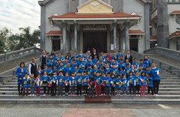 Outdoor Activity: Ocean Edu Nam Dinh  students visited Nam Dinh Cathedral